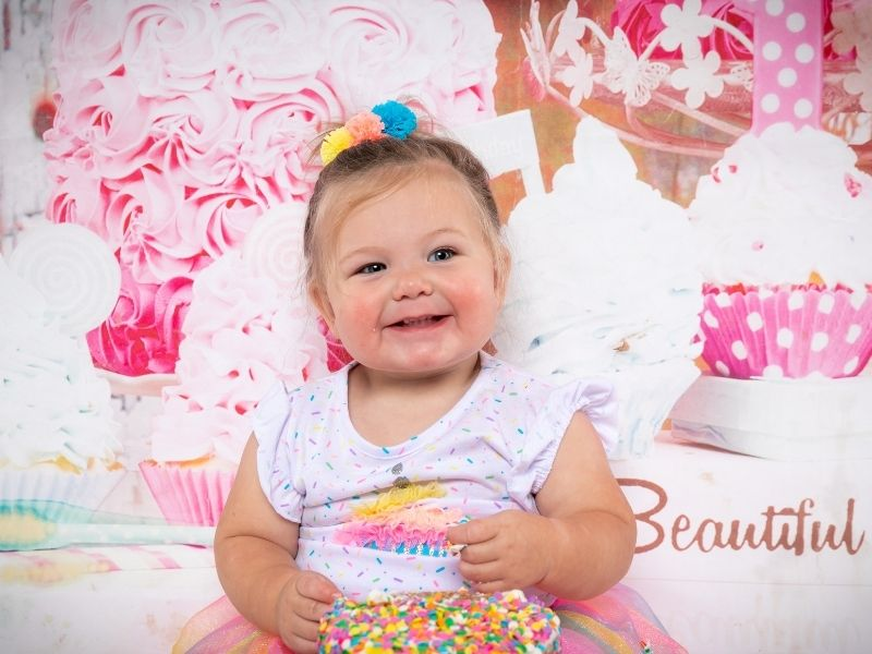 photoshoot for one year old girl