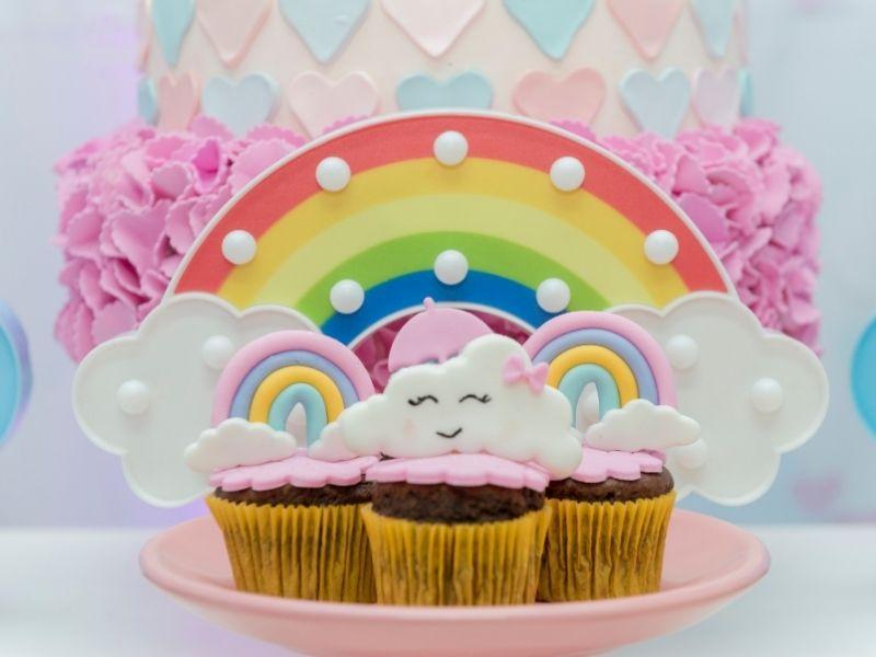 rainbow themed cupcakes